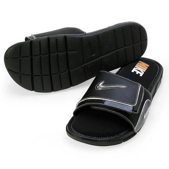 buy popular fcf2e 7c077 Nike Men s Comfort Slide 2 Sandal - 9